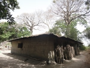 A typical mud house in Casamance.