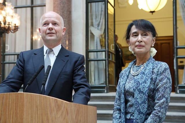 Aung San Suu Kyi, Burmese dissident