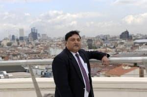 Dr. Sugat Mitra