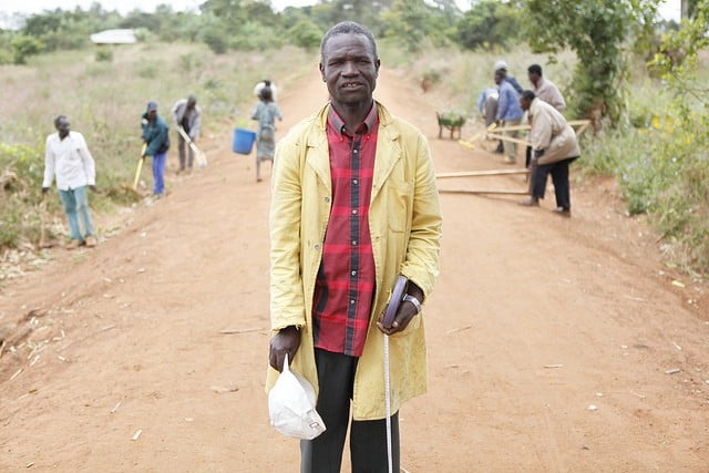 Malawi road crew