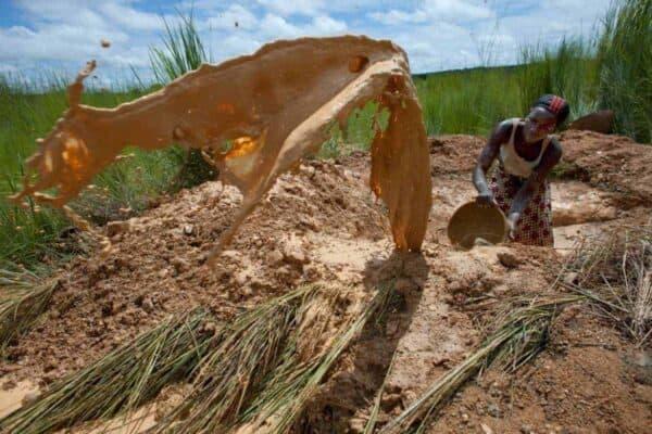 An artisanal miner in southern Mali. JOE PENNEY/REUTERS