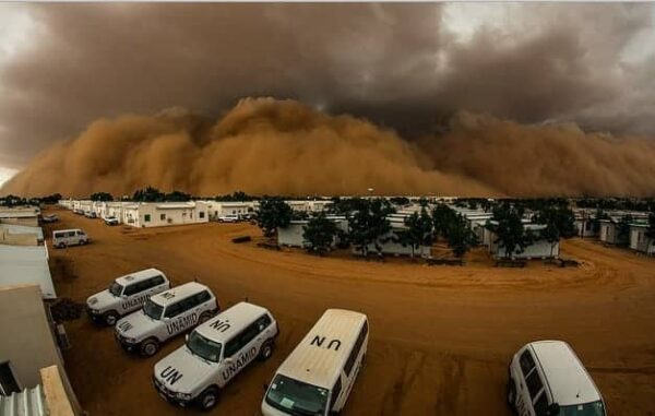A sandstorm, or huboob, in El Fasher, North Darfur, Sudan, where the UN has a peacekeeping mission. ADRIAN DRAGNEA/UNAMID
